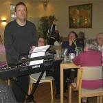 Konzert zum Kaffee bei den Niendorfer Nachbarn 0233, Foto: RS